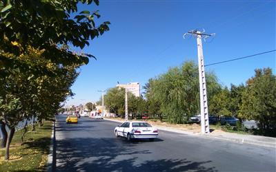 اصلاح وجابجايي شبكه برق رساني خيابان كشاورز وتقاطع بلوار آزادي شهركرد